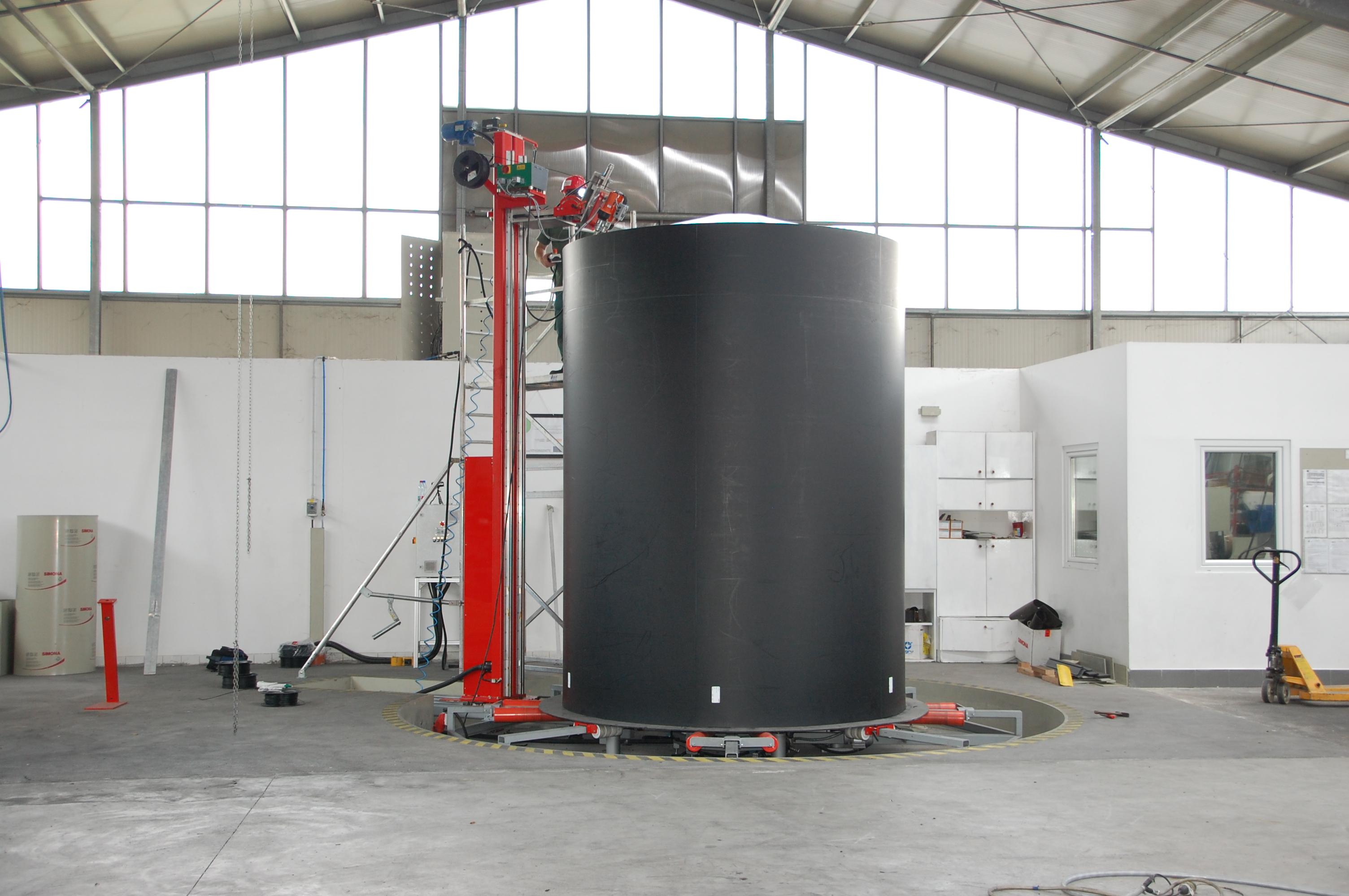 Behälterschweißanlage DT